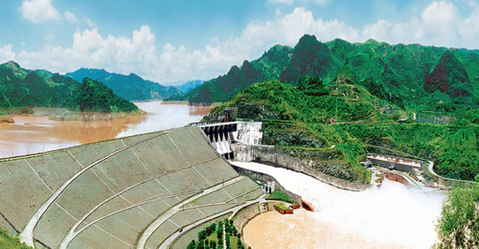 Contractor selection for the extension Hoa Binh hydropower plant project