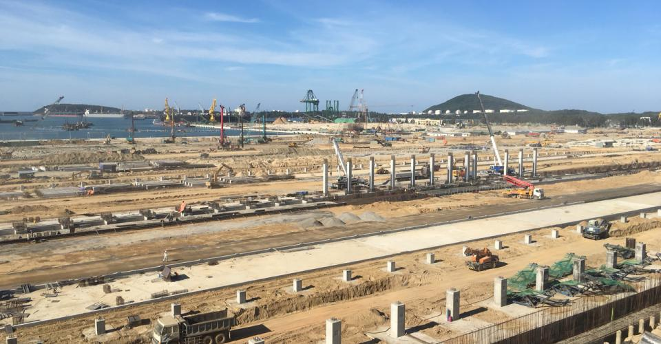 Song Da 5 executes Hoa Phat Dung Quat Steel Complex Project